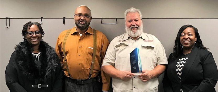 Jeff Padgett Wins Volunteer Award
